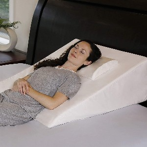 InteVision Extra Large Bed Wedge Pillow - Best Pillow After Shoulder Surgery: Excellent Extra-Large Pillow