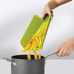 Joseph Joseph Chop2Pot - Best Cutting Boards for Chicken: Can be folded!