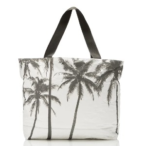 Aloha Kalapana Samudra x ALOHA Day Tripper - Best Tote Bags for Travel: Features Neon Coral Zipper Tape and Black Interior