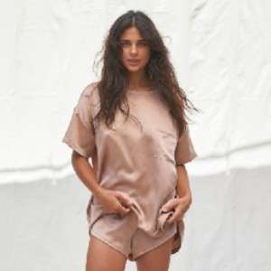 Lunya Washable Silk Tee Set - Best Silk Sleepwear: Oversized relaxed fit