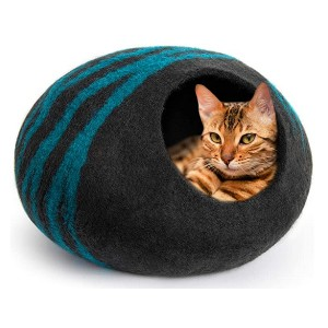 MEOWFIA Premium Felt Cat Bed Cave - Best Cat Beds for Older Cats: A padded mat and a cave