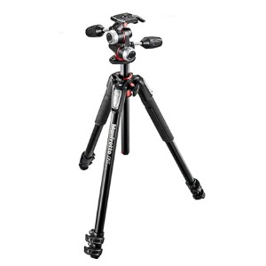 Manfrotto 055 Aluminum 3-Section Tripod Kit  - Best Tripods for Wildlife Photography: Maximum camera stability