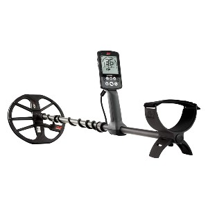 Minelab Equinox 800 Metal Detector - Best Gold Nugget Detector: Double-D-Shaped Coil
