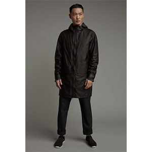 CANADA GOOSE NOMAD RAIN JACKET - Best Raincoats Under 1000: Two-way Zipper for Wide Range Motions
