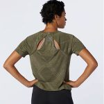 10 Recommendations: Best Women's Running Shirts (Oct  2020): Running shirt with a cutout at the back design