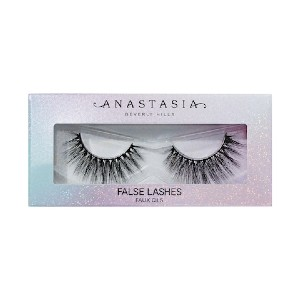 Anastasia Beverly Hills Norvina False Lashes - Best Lashes for Beginners: Vegan and Comes In Recyclable Packaging