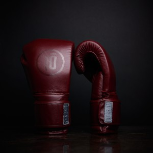 Tensho Oxblood - Best Boxing Gloves for Heavy Bag: Compact Hand Compartment