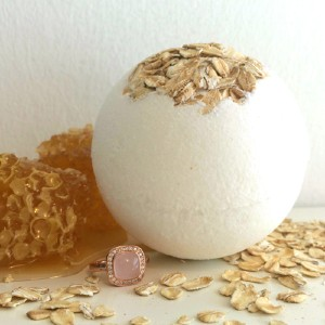Pearl Bath Bombs Oatmeal and Honey - Best Bath Bombs for Sensitive Skin: Comes with a Ring Valued $30-$40 USD