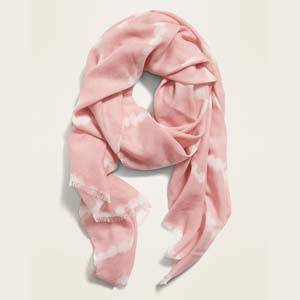 Old Navy Lightweight Gauze Scarf for Women - Best Scarves for Winter: Lightweight and lovely