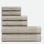 10 Recommendations: Best Bath Towel (Oct  2020): Towel with oversize waffle weave pattern
