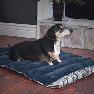 PETMAKER Roll Up Travel Portable Dog Bed  - Best Dog Travel Beds: Roll it to save space