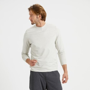 Vuori Ponto Performance Crew - Best Activewear for Men: Great for cold-weather workouts