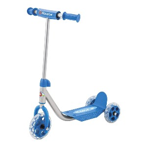 Razor Jr. Lil' Kick Scooter  - Best 3 Wheel Scooter: Great for first-timers