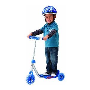 Razor Jr. Lil' Kick Scooter  - Best Electric Scooter for 5 Year Old: Best no-machine pick
