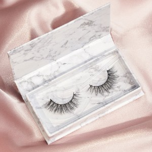 Azlo Sassy - Best Lashes for Round Eyes: Double-Layered Lash Style
