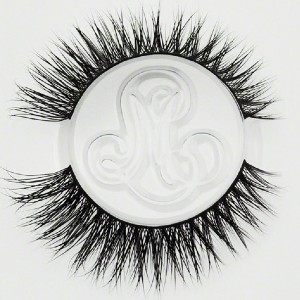 Minki Lashes #SIBERIANPRINCESS - Best Lashes for Asian Eyes: Playful Criss-Cross Pattern
