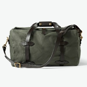 Filson SMALL RUGGED TWILL DUFFLE BAG - Best Duffel Bags for Women: Water and Abrasion-Resistant Rugged Twill