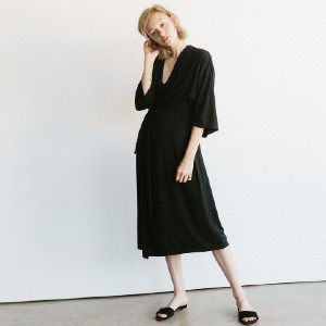 STORQ Delivery Robe - Best Robes for New Mom: Kimono Sleeves Robe