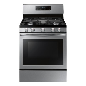 Samsung 5.8 Cu. Ft. Self-Cleaning Gas Convection Range - Best Ranges for Kitchen: Best for budget