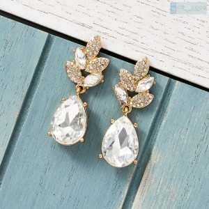 Cotacoco Leaf and Teardrop Earrings - Best Jewelry for Bridesmaids: Bring glitz and glam