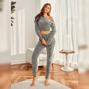 Lulacola Solid Color Top With Pants Lounge Set - Best Loungewear Sets for Women: Inexpensive luxe