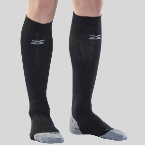 ZENSAH Tech+ Compression Running Socks - Best Compression Socks for Swelling: Superior Comfort with Seamless Technology