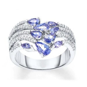 Jared Tanzanite Ring - Best Jewelry for New Mom: Best luxurious pick