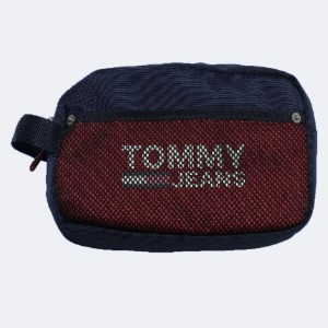 Tommy Jeans Acc Toiletry Bag - Best Toiletry Bags for Men: Zip-top closure for security