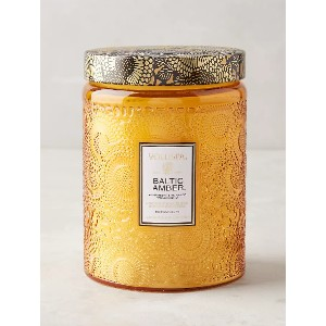 VOLUSPA Limited Edition Cut Glass Jar Candle - Best Scented Candles for Bedroom: Woodsy Scent