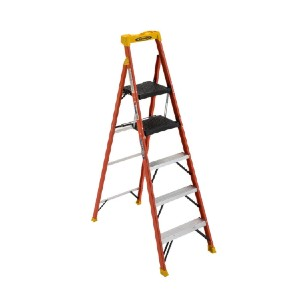 WERNER C6206 - Best Ladders for Home Use: Electrically Non-Conductive Side Rails
