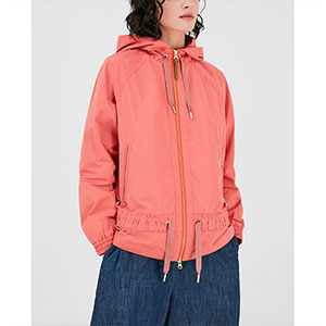 Woolrich Women's Erie Windbreaker Jacket - Best Jacket for Wind: Simple but stylish windbreaker jacket