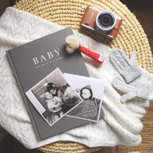 Write to Me Baby Journal - Pregnancy to 5 Years (Grey) - Best Gift for Pregnant Wife Birthday: Record each special moment