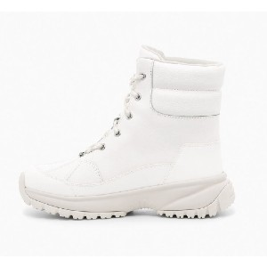 UGG YOSE - Best Boots for Women: Gusseted Tongue with Water Repellent Coating