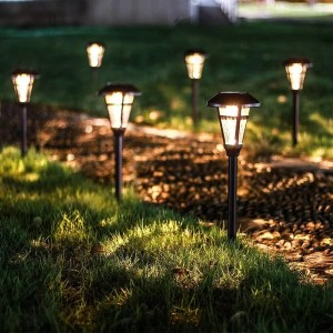 GIGALUMI Bronze Solar Powered Integrated LED Pathway Light Pack (Set of 6) - Best Outdoor House Lights: Super-Bright Pathway Lights