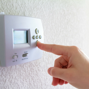 Heating & Cooling Advice: Setting the Thermostat for Savings