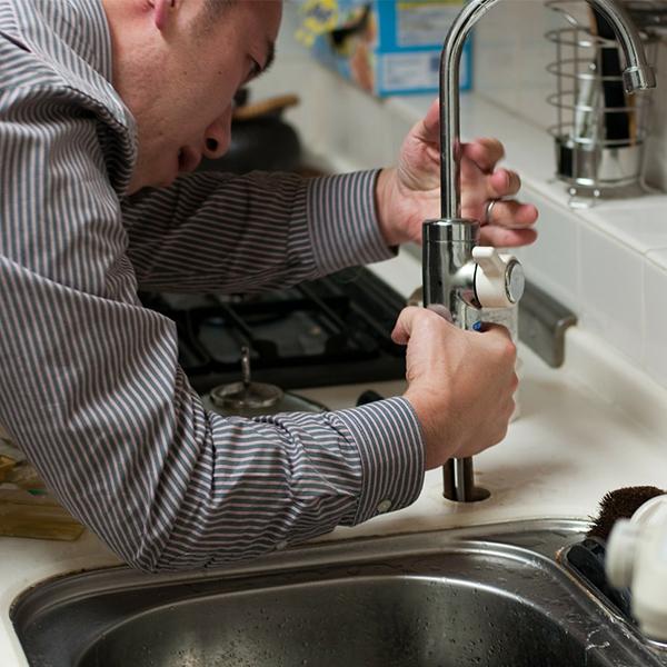 Sink & Faucet Repair