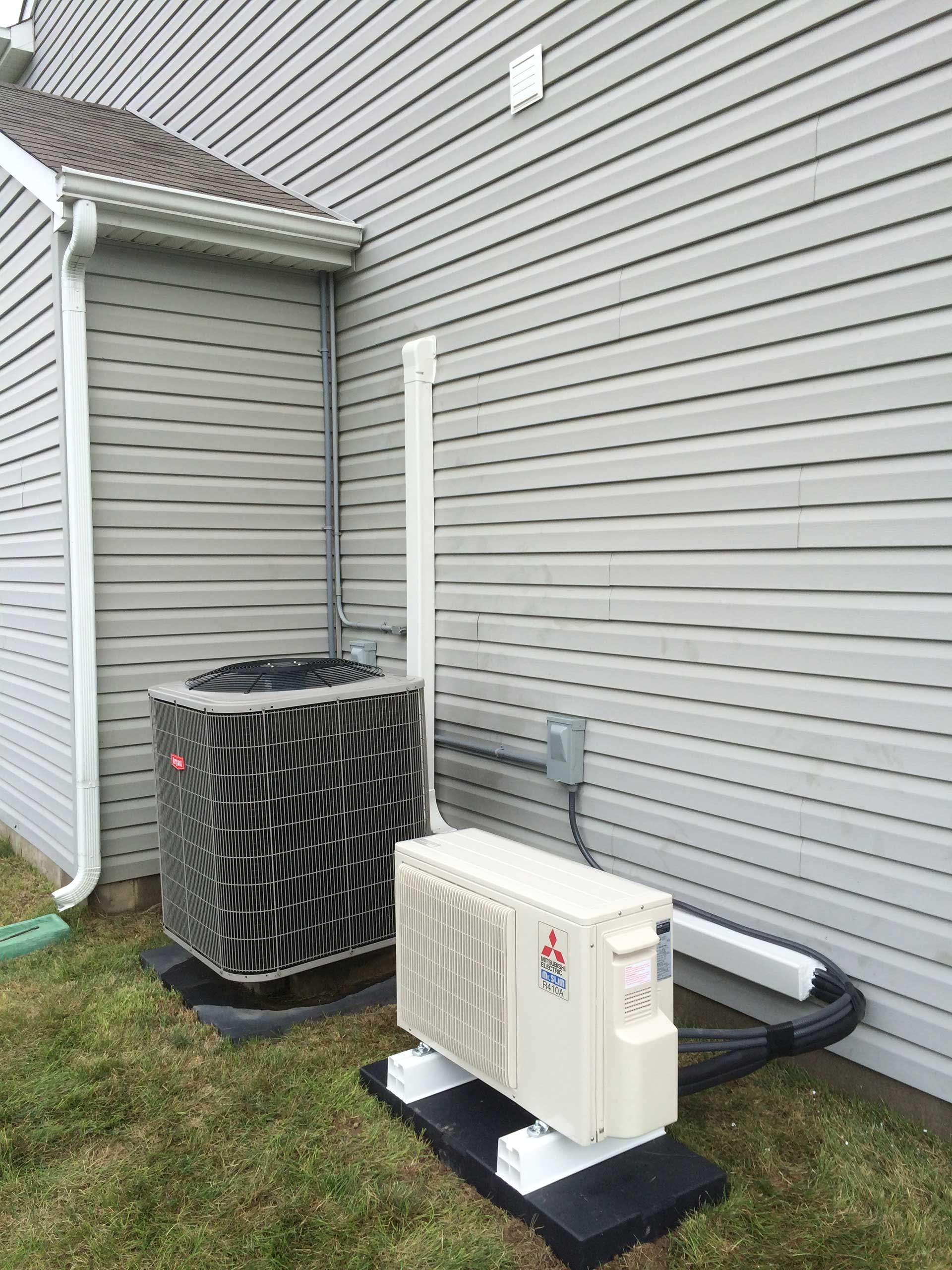 Bryant Heat Pump with supplemental Mitsubishi Ductless System
