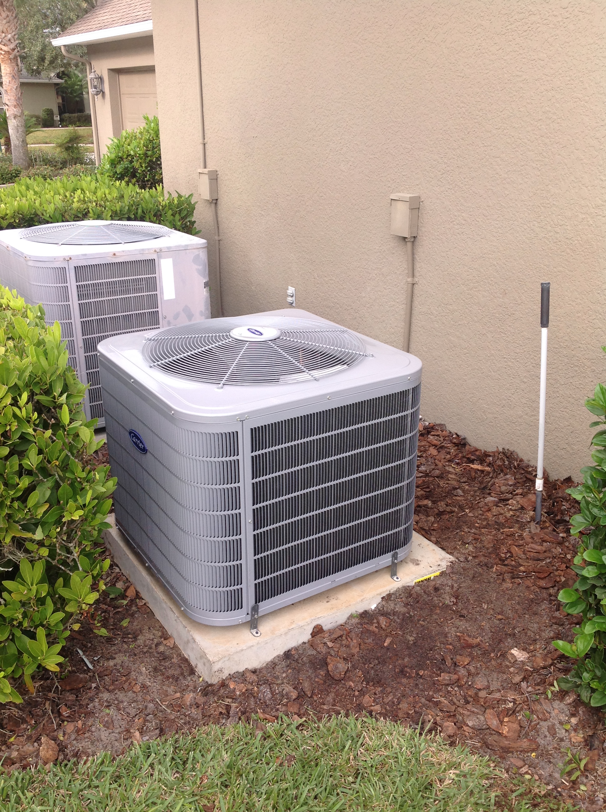 Performance Series Heat Pump Condenser Installation