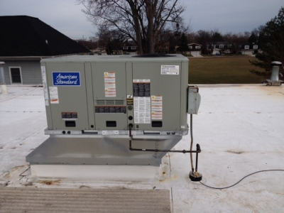 American Standard Rooftop HVAC Installation at FedEx in Hillside IL