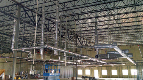 Commercial duct installation at the Fed Ex facility