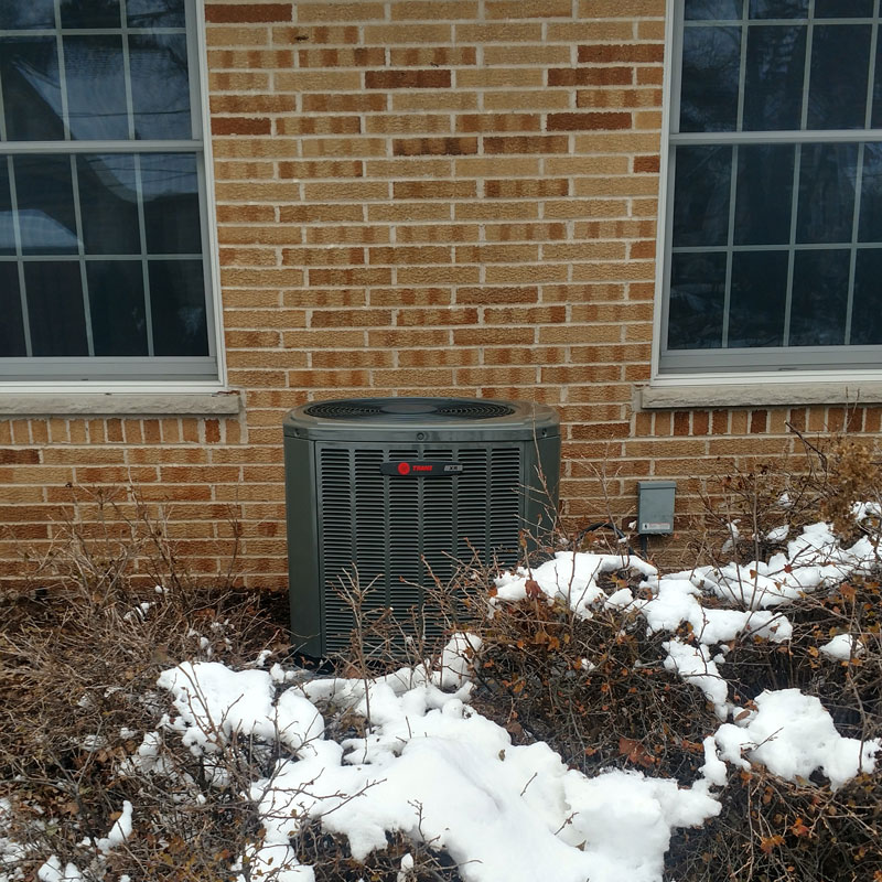 <p>Trane XR14 condenser with a new indoor coil equiped with a thermal expansion valve</p>