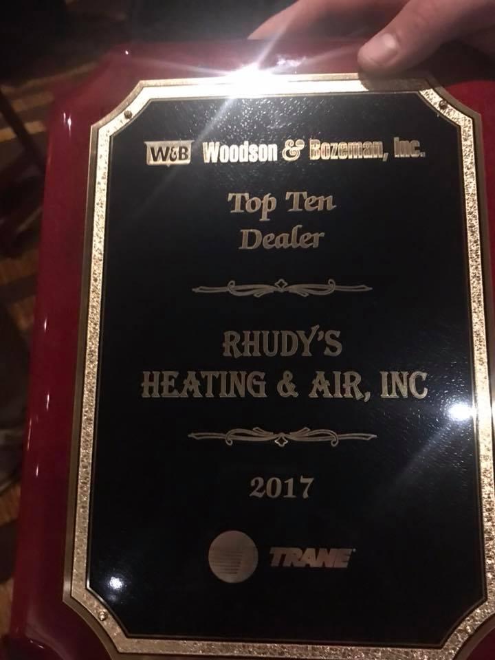 Woodson & Bozeman, Top Ten Dealer award recipient 2017