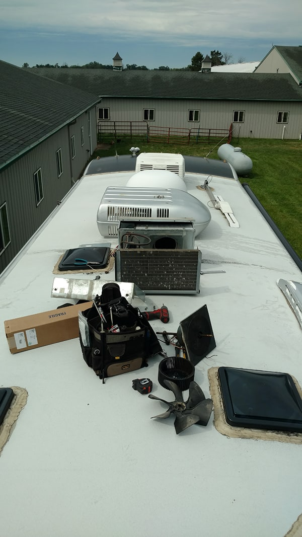 Motor Home AC Unit