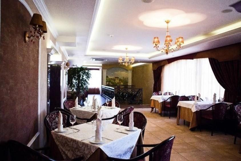 Ресторан, Банкетный зал на 200 персон в Красносельский, м. Проспект Ветеранов от 1200 руб. на человека