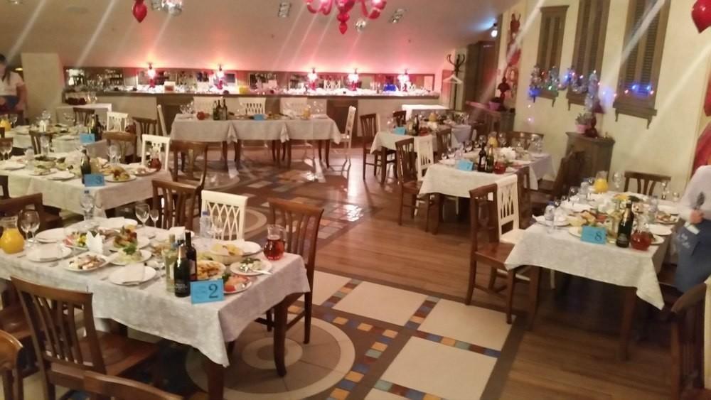 Ресторан, Банкетный зал на 80 персон в Приморский, м. Озерки, м. Удельная от 1500 руб. на человека