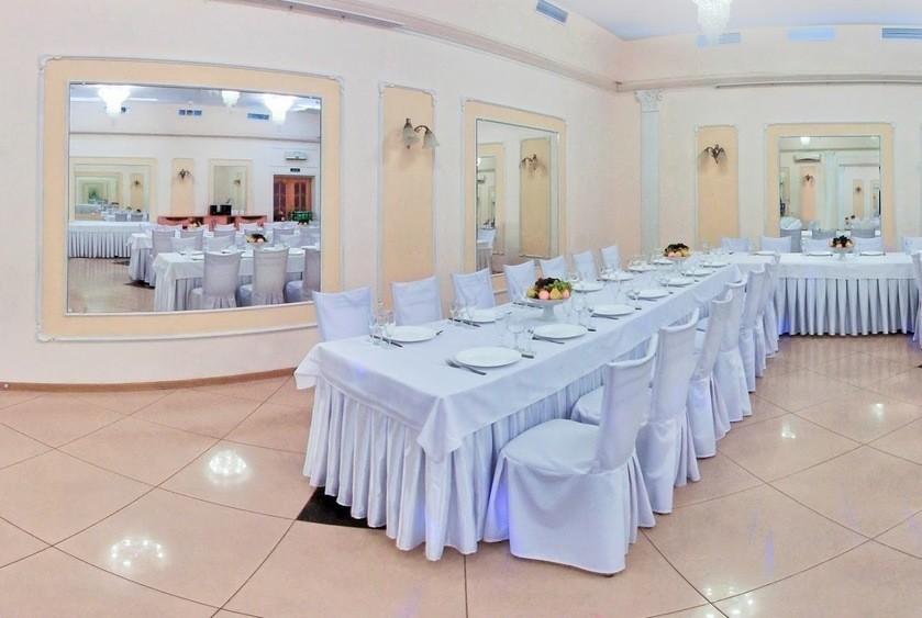 Банкетный зал на 70 персон в Выборгский, м. Проспект Просвещения, м. Озерки от 1500 руб. на человека