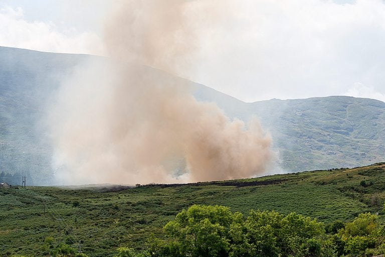 Crews tackle wildfires