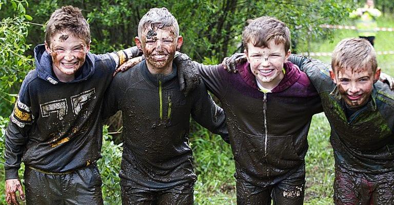 Locals enjoy the Fin Fun Mud Run