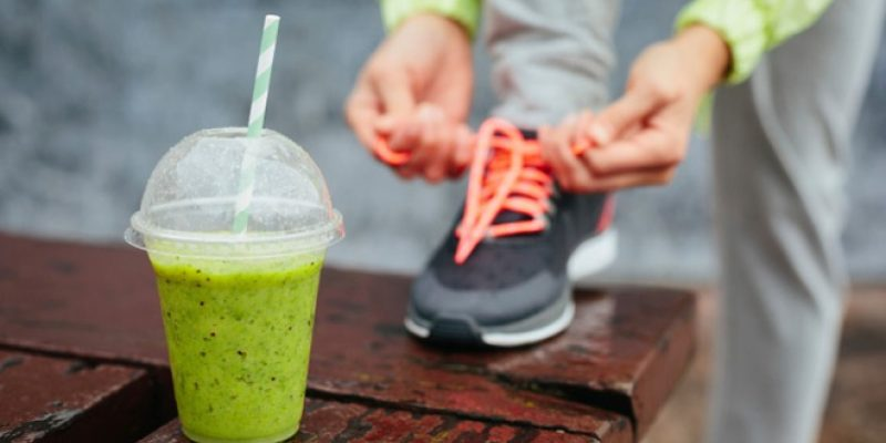 Athlete and green smoothie