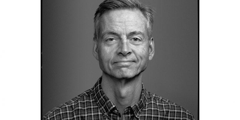 Headshot of author Robert Wright